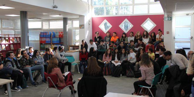 Venue de l'écrivaine marocaine Latifa Labsir au CDI du lycée Lyautey pour un échange littéraire avec les élèves de 4ème SI